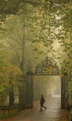 Trinity College Gates Cambridge