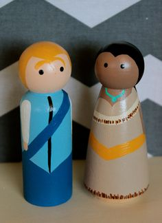 Pocahontas and John Smith Large Peg Set