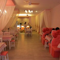 http://johorkaki.blogspot.com/2012/05/dine-with-hello-kitty-sweety-house-cafe.html