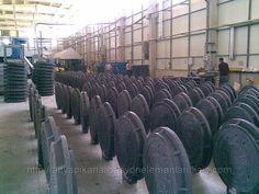 Dark plastic manhole cover composite manhole manufacturers 0090 539 892 07 70