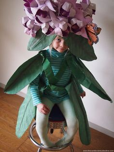 The Cardboard Collective: Paper Milkweed Costume Halloween 2015, Holidays Halloween, Halloween Party, Halloween Costumes, Crab Costume, Lobster Costume, Creative Costumes, Cool Costumes, Flower Costume