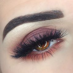 burgundy smokey eye ~ we ❤ this! moncheribridals.com