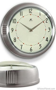 Retro Wall Clock in Silver - for the kitchen