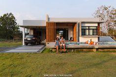บ้านคุณตุ๊ก เพชรบูรณ์ ชั้นเดียว งบ 1.5 ล้าน Box House Design, Bamboo House Design, Home Garden Design, Home Design Plans, Home Modern, Modern Tiny House, Garage House Plans, Small House Plans, Cabana