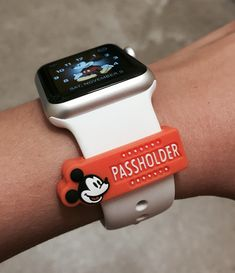WDW annual passholder magic band decal also works on Apple Watch!