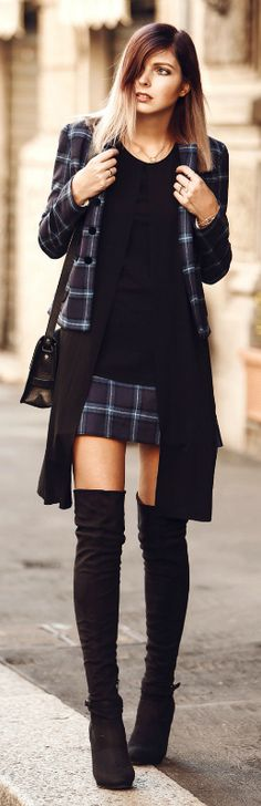 This matching tartan jacket and skirt combination from Fay is the perfect match for Jana Wind抯 boots. Jacket/Skirt: Fay, Top: COS, Boots: Even & Odd via Zalando.
