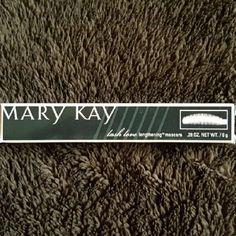 Lash Love Lengthening Mascara Mary Kay Lash Love Lengthening Mascara black color. Great for making lashes look longer! Mary Kay Makeup Mascara