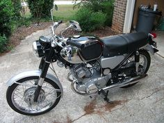1964 CB160 / Classic 1960's HONDA Motorcycle by SimbaYancy, via Flickr
