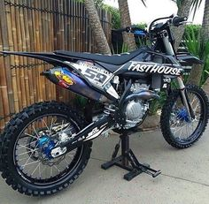 I want this bike!!!!! Or at least the fasthouse graphics on my 15' Rmz250