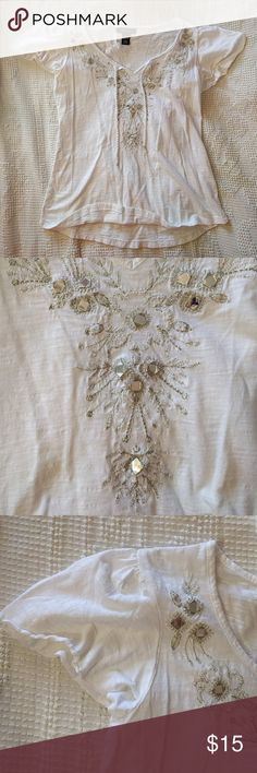 🔺BOGO free🔺White Boho top Size is a petite small ~ White boho top with metallic embellishments/embroidery ~ flutter sleeves ~ has been worn, but in good condition with no rips, tears, or stains ~ 100% cotton ~ made in India  *Buy 1 get 1 free on tops and bottoms marked 🔺BOGO free🔺. Buy 1 item listed as BOGO and get another BOGO item of equal or lesser value for free. Bundle the items and I'll send you an offer with the correct price* Style & Co Tops Tees - Short Sleeve