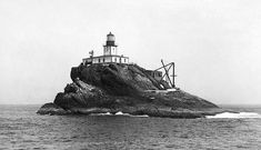 Tillamook Rock Lighthouse, Oregon in 1891, before the roof was raised, at Lighthousefriends.com