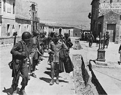 sicily campaign - pin by Paolo Marzioli Marsala, South East Europe, Italian Campaign, Italian People, Ww2 Photos, Vintage Italy, D Day, North Africa, World War Two