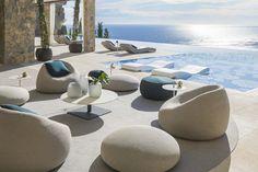Modern Outdoor Furniture, Lounge Furniture, Furniture Ideas, Luxury Garden Furniture, Designer Outdoor Furniture, Furniture Design, Outdoor Lounge, Outdoor Areas, Outdoor Decor