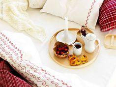 A simple breakfast in bed #breakfast #bed