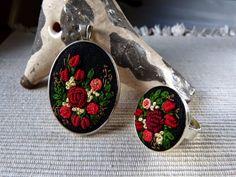 Embroidered Pendant, haftowany naszyjnik i pierścionek