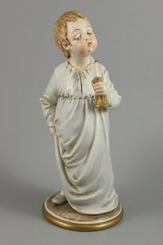 Capodimonte Bruno Merli Figurine Boy with Candle – LUX-FAIR.com