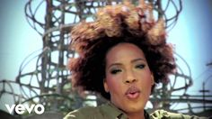 . Macy Grey - Beauty in the world. Love her music!