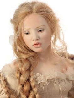 2012 - Porcelain - Rapunzel (close-up)