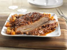 Ontario beef is a delicious, nutritious and a healthy protein source from responsibly raised cattle by local family farmers. Mini Potatoes, Beef Brisket Recipes, Spiced Beef, Healthy Protein, Pot Roast, Family Meals, Slow Cooker, Spices, Stuffed Peppers