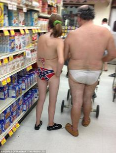Classy people of Walmart 2014 (newest entries 26 pics) - Seriously, For Real? Ugh, I hate stupid people, ha. People Of Walmart, Only At Walmart, Stupid People, Funny People, Strange People, Gross People, Ghetto People, Walmart Humor, Walmart Shoppers