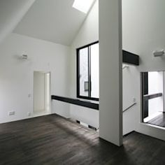 Hugo y eva salones de estilo minimalista de osb arquitectos minimalista | homify Tall Cabinet Storage, Mirror, Room, Furniture, Home Decor, Minimalist Style, Design Ideas, Lounges, Architects
