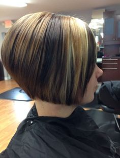 20 Gorgeous Cute Bob Hairstyles for Short And Medium Hair For The benefits of getting a bob for the first time is amazing. Bob hairstyles make you gorgeous also I assume you have done your research, you hav. Short Inverted Bob Haircuts, Bob Haircuts For Women, Popular Haircuts, Trendy Haircuts, Short Bobs, Stacked Bob Hairstyles, Blonde Bob Hairstyles, 2015 Hairstyles, Hair Styles 2016