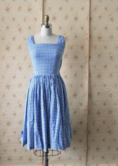 sweet 50s gingham dress! Blue and