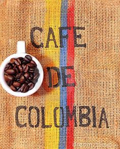 Colombian Coffee is served for breakfast. Colombian coffee is famous all around the world. Unfortunately most of the high quality coffee will be exported and some people say that the coffee you find in Colombia is not of such a high quality. Colombia Flag, Colombia South America, Colombia Travel, North America, Colombian Cuisine, Colombian Culture, Colombian Art, Coffee Icon, Coffee Cafe
