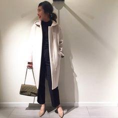 \ staff recommend style vol.1 / お出掛けにはシックなカラーでまとめて。 court(FRAMeWORK) ¥40,000+tax knit(FRAMeWORK) ¥14,000+tax pants(FRAMeWORK) ¥13,000+tax bag(CUSCO) ¥40,000+tax スタッフ身長:163cm #framework #baycrews  #金子綾 #cusco #bag #knit #outer #fashion #ootd #フードコート #フレームワーク #広島