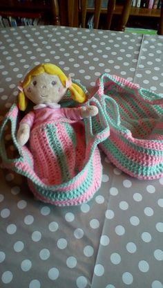 Dolls basket