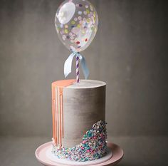 Its nice to see such a gorgeous birthday cake with beautiful neutral colours Pretty Cakes, Beautiful Cakes, Cute Cakes, Amazing Cakes, Modern Birthday Cakes, 40th Birthday Cakes, Birthday Ideas, Buttercream Cake, Fondant Cakes