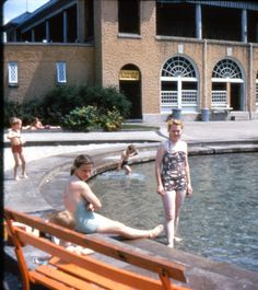 https://flic.kr/p/7tiQEE | ?Helen and Fran | Hershey Pool, circa late 1940's