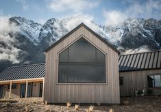How much does it cost to not build an energy-efficient home? Energy Efficient Homes, Energy Efficiency, Hygge Home, Modern Barn, Metal Buildings, Barndominium, Home Staging, Architecture Design, Shed