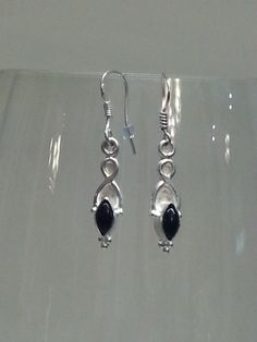 Black onyx and silver earrings by MDEBRJewelryDesigns on Etsy