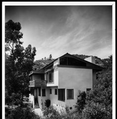 Exterior view of the Druckman House, Los Angeles, 1941 :: Library Exhibits Collection Usc Library, University Of Southern California, Cinema Posters, Illuminated Manuscript, Digital Image, Black History, Paths, Exterior, Mansions