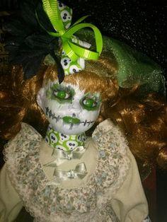 Los Muertos doll