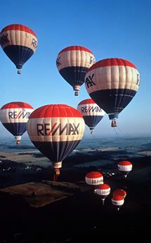 RE/MAX Balloon..one of the most recognized Real estate logos!  #remax #remaxballoon