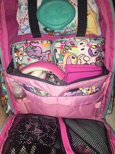 Ju-Ju-Be packing ideas - Be Right Back BRB with purse organizer photo by Susana Cristina Botelho