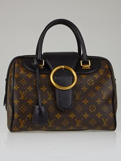 Authentic Used Louis Vuitton bags for sale Used Louis Vuitton, Louis Vuitton Handbags, Louis Vuitton Speedy Bag, Everyday Bag, Monogram Canvas, Bag Sale, Purses And Bags, My Favorite Things, Luxury
