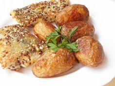 Magos morzsában sült halfilé Baked Potato, French Toast, Food And Drink, Potatoes, Baking, Breakfast, Ethnic Recipes, Morning Coffee, Potato