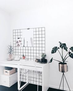 This is beautiful. via @juthamat_by_jem #scandinavian #pictureframe #homedecor #simplicity #whiteliving