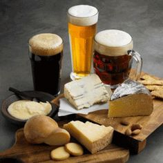 Beer and cheese pairings Wine & Cheese? Why not a Beer & Cheese! lol (could be a fun New Year's Eve theme! Beer Tasting Parties, Food Tasting, Cheese Tasting, Meat Cheese Platters, Glace Fruit, Beer Pairing, Cheese Pairings, Beer Cheese, Artisan Cheese