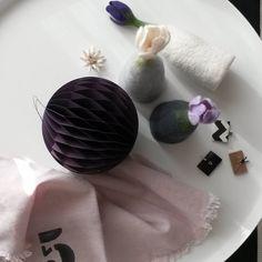 #filzblume #normanncopenhagen #krokus#ulrikeay#housedoctor #handmade#blüten#handtuch#glücksbriefchen  Frühlingsauftakt