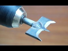 Accessories Wood Drill Drilling (Homemade) – Life and Relax Woodworking Tools For Beginners, Diy Woodworking, Homemade Tools, Diy Tools, Metal Bending Tools, Router Tool, Cool Kitchen Gadgets, Useful Life Hacks, Hacks Diy
