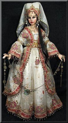 Elena, Turkish Bride by Sylvia Weser Clay Dolls, Bjd Dolls, Unusual Dresses, Marina Bychkova, Dream Doll, Pink Grapefruit, Golden Child, Pretty Dolls, Barbie Dress