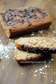 Pan Casero de Plátano y Avena Sin Lactosa, una receta fácil para los desayunos o como postre. Si consigues la avena sin gluten también es apto para celíacos