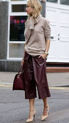 Fashionable Fall Outfit With A Pair Of Leather Maroon Pants Beige Pullover Plus Bag Plus Heels - Women's Style - Outfits Fashion Mode, Work Fashion, Fashion Looks, Womens Fashion, Fashion Trends, Style Fashion, Latest Fashion, Club Fashion, Gucci Fashion