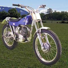 Cotton Minarelli to set points not like bikes today. Moto Trial, Trial Bike, Enduro Vintage, Trail Riding, Dirt Bikes, Bike Trails, Trials, Motorbikes, Bicycle