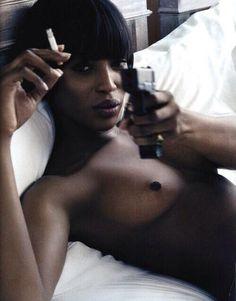 Naomi thuggin