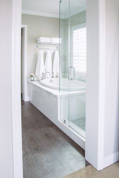 Is your home in need of a bathroom remodel? Give your bathroom design a boost with a little planning and our inspirational bathroom remodel ideas 65 Most Popular Small Bathroom Remodel Ideas on a Budget in 2018 Bathroom Renos, Bathroom Renovations, Home Remodeling, Bathroom Makeovers, Bathroom Cabinets, Bathroom Flooring, Bathroom Fixtures, Restroom Cabinets, Flooring Tiles